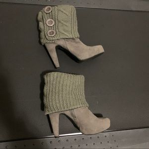 G By Guess Tieka Platform Ankle Booties